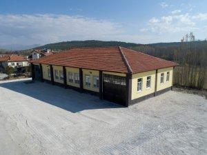 Beyşehir'de 25 yıldır atıl vaziyetteki yapı çok amaçlı salona dönüştürüldü