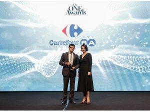 """The ONE Awards'den CarrefourSA'ya """"Yılın İtibarlısı"""" Ödülü"""
