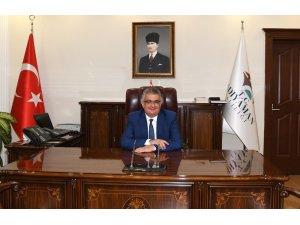 Vali Pekmez 10 Ocak Çalışan Gazeteciler Gününü kutladı