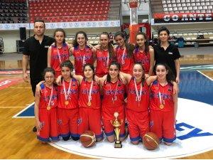 SANKO Okulları yıldız kız basketbol takımı il şampiyonu oldu