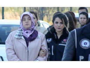 ByLock kullandığı ileri sürülen 4 kadın tutuklandı