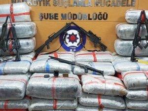 Jandarma komutanına uyuşturucudan gözaltı