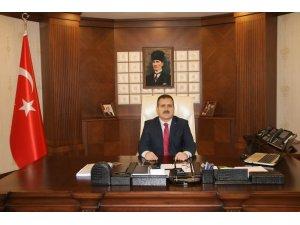 Vali Akbıyık'tan 10 Ocak Gazeteciler Günü mesajı