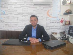 İş adamı Akcan Gazeteciler Gününü kutladı