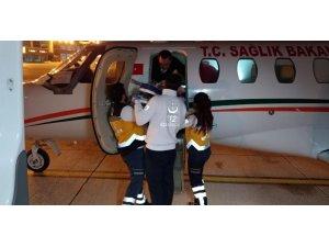 2 yaşındaki Evin, uçak ambulansla Silopi'den Kayseri'ye getirildi
