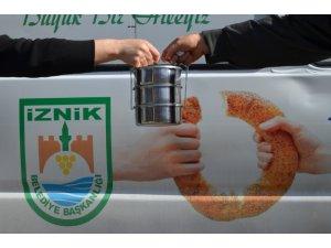 Sosyal belediyecilik İznik'te zirve yaptı