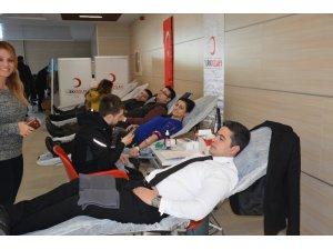 Adalet çalışanlarından kan bağışı