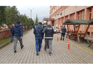 FETÖ operasyonunda 4 kişi serbest