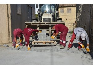 Kuşadası Belediyesi 1 milyon 365 bin metrekare yol yaptı