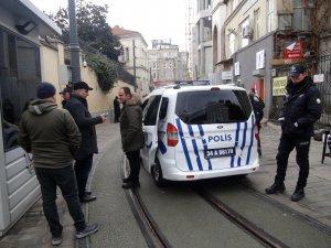Taksim Meydanında kaybolan Güney Afrikalı çocuk için polis seferber oldu