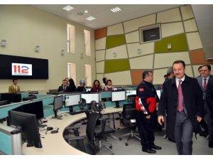 Vali Şentürk'ten 112 Acil Çağrı Merkezi'nde inceleme