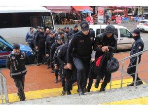 Kocaeli merkezli FETÖ operasyonundan gözaltına alınan 16 kişi adliyeye sevk edildi