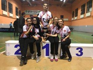 Güney Ortaokulu, Yıldız Kızlar Masa Tenisi'nde il birincisi old