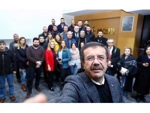 Zeybekci, gazetecilerle buluştu
