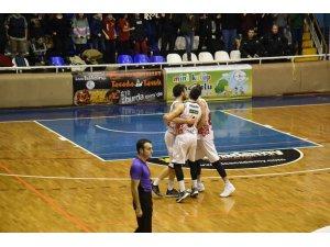 Karesispor zorlu Bursaspor deplasmanında