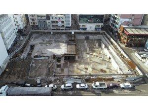Fatsa Cumhuriyet Meydanı'nda çalışmalar hızlandı