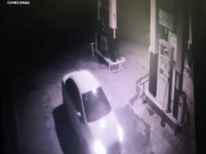 100 saatlik görüntü sayesinde benzinlik hırsızları yakalandı