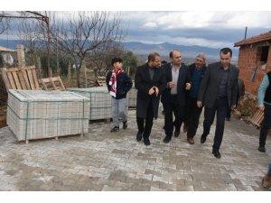 Alaşehir Belediyesi'nden Delemenler Mahallesine kilit parke taşı