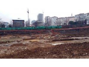 Kadıköy'de otel inşaatından tarihi eser kalıntıları çıktı