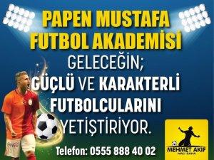 'Papen Mustafa futbol okulu' açıldı