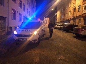 Komşular arasında gürültü kavgası: 2 yaralı