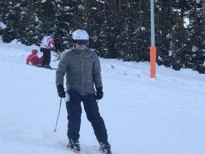 Sarıkamış Cıbıltepe Kayak Merkezi'nde hafta sonu yoğunluğu