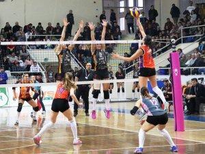 Vestel Venus Sultanlar Ligi: Çanakkale Belediyespor: 0 - Galatasaray  HDI Sigorta: 3