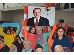 AK Parti Uşak'taki belediye başkan adaylarını tanıttı