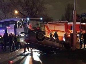 Başkent'te Zenit Kazan Erkek Voleybol takımını taşıyan otobüs kaza yaptı