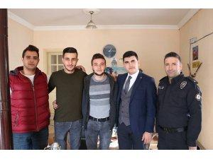 Acıgöl Kaymakamı Erdoğan esnafları ziyaret etti