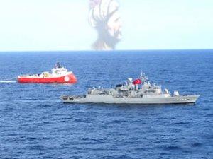 Barbaros Hayreddin Paşa gemisine TCG Barbaros fırkateyni refakat ediyor
