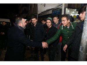 Başkan Ercan, Sincan esnafıyla kucaklaştı