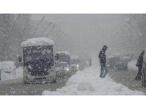 Muş'ta 35 köy yolu ulaşıma kapandı