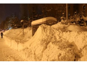 Bitlis'te 98 köy yolu ulaşıma kapandı