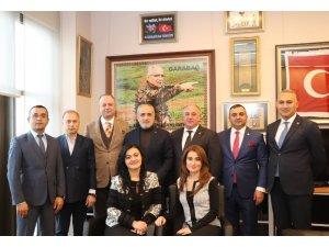 Azerbaycanlı iş adamlarından Yalçın Topçu'ya ziyaret