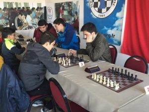 Yunusemreli satranç sporcusu iki turnuvanın da şampiyonu oldu