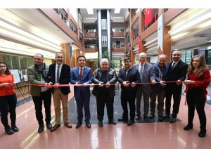 'İstanbul'da Bahçe ve Çiçek Sergisi' PAÜ'de ziyarete açıldı