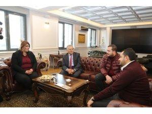 Başkan Büyükkılıç'a ziyaretçi akını