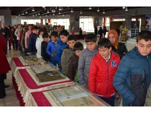 Çanakkale Gezici Müzesi Adilcevaz'da ziyarete açıldı