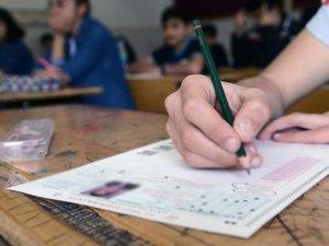 Gaziler ve şehit yakınları sınav ücreti ödemeyecek