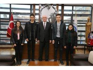 Eskişehir Öğrenci Meclisi'nden Kazım Kurt'a ziyaret