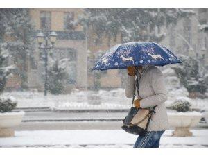 Tokat'ta kuvvetli kar yağışı uyarısı