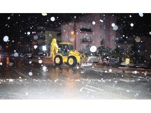 Pamukkale'de karla mücadele