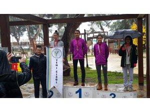 Simavlı atlet Antalya'da Türkiye şampiyonu oldu