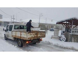 Emet Belediyesi'nin karla mücadele çalışmaları