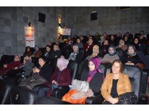 Kursiyer kadınlara sinema etkinliği