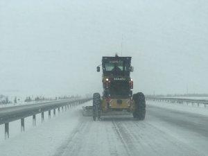 Konya'da kar ulaşımı aksatıyor