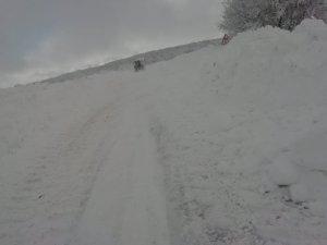 Kardan kapan yol tekrar ulaşıma açıldı