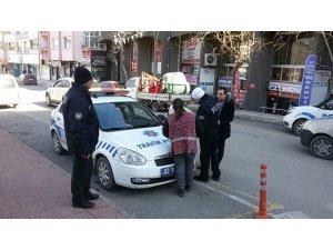 Yaya geçidinde yol vermeyen sürücülere ceza yağdı