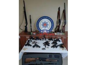 Amasya, Çorum ve Tokat'ta eş zamanlı silah operasyonu